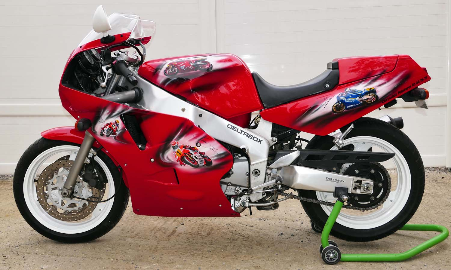 yamaha 1000 fzr exup classic racing annonces. Black Bedroom Furniture Sets. Home Design Ideas