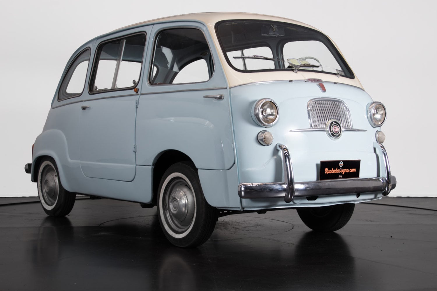 fiat 600 multipla classic racing annonces. Black Bedroom Furniture Sets. Home Design Ideas