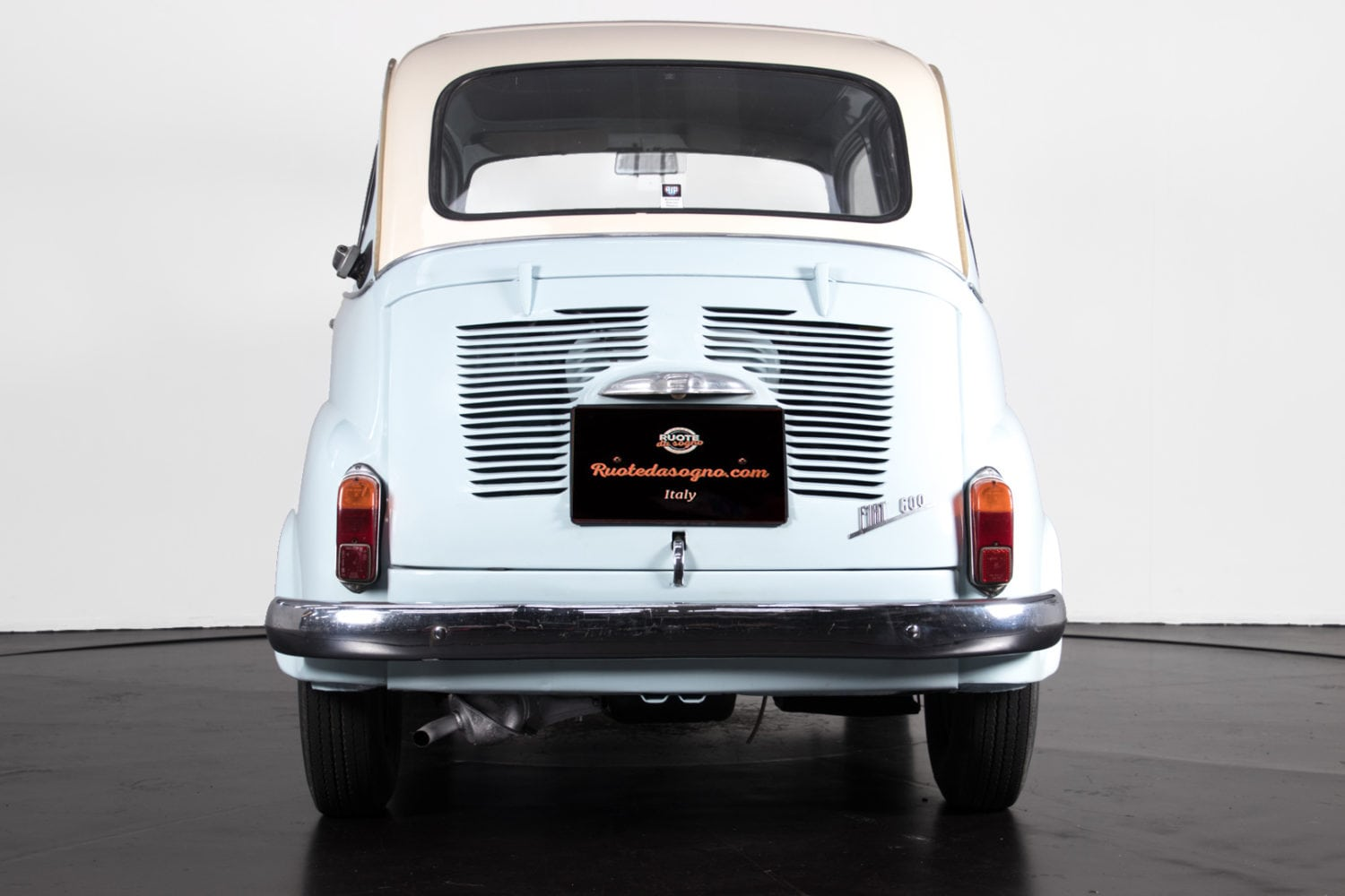 fiat 600 multipla 1963 8 classic racing annonces. Black Bedroom Furniture Sets. Home Design Ideas