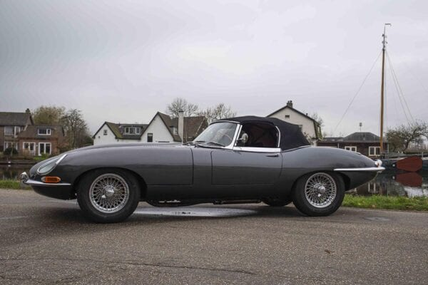 JAGUAR TYPE E ROADSTER SERIE 1