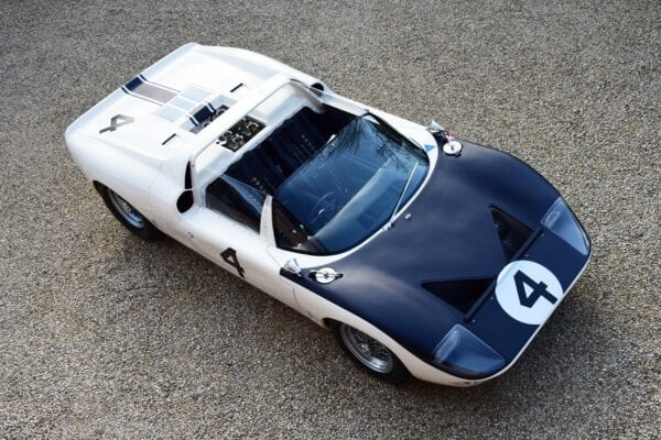 FORD GT40 ROADSTER