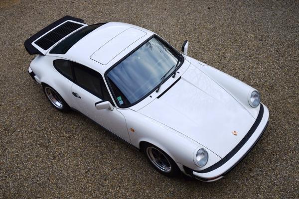 PORSCHE 911 CARRERA G50
