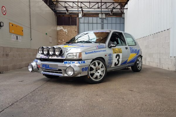 RENAULT CLIO 16 S GROUPE A